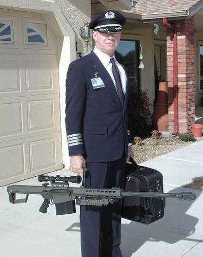 Armed_pilot_2[1]