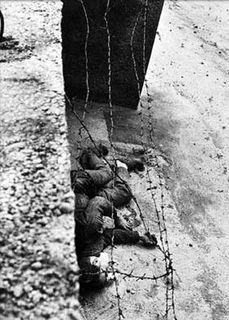 Berlin wall dead