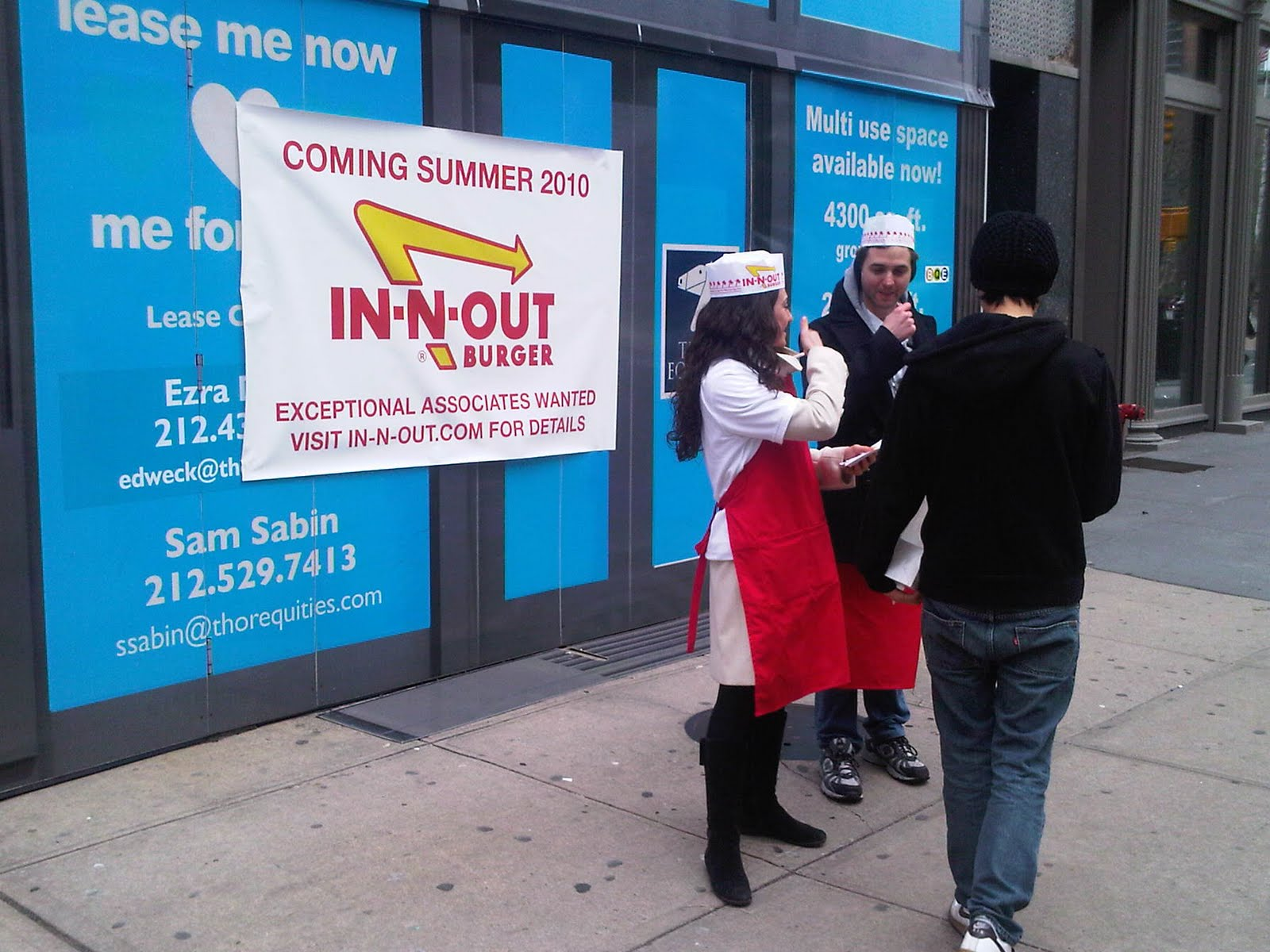 The Wine Commonsewer™: In-N-Out Burger Coming to New York City