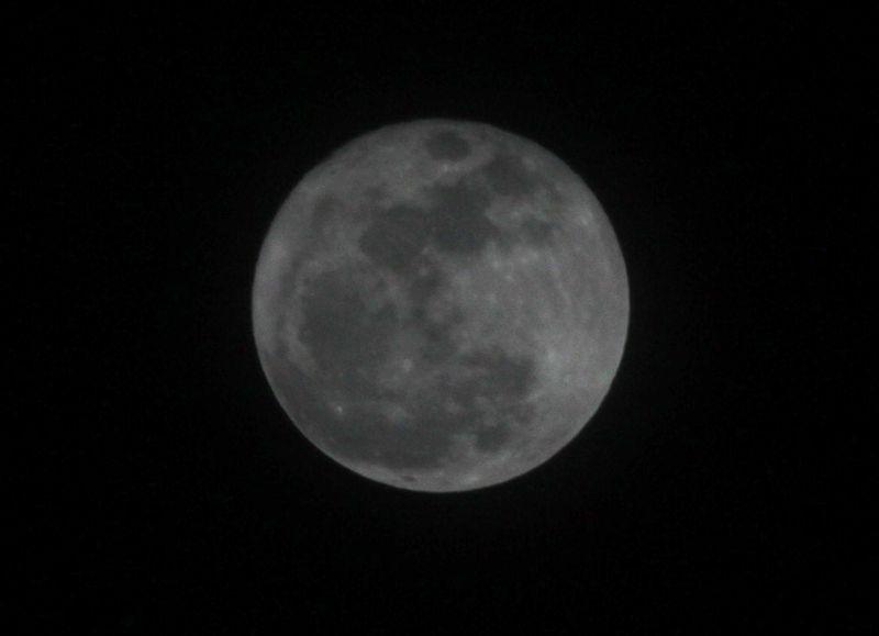 Jumbo moon