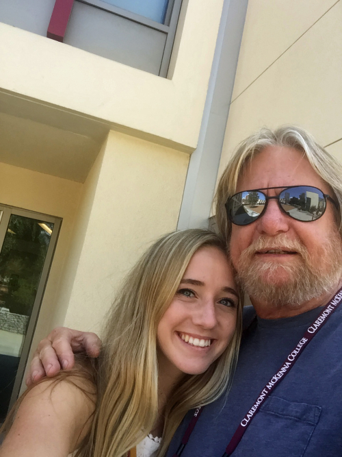 Katie dad selfie 1st day of college