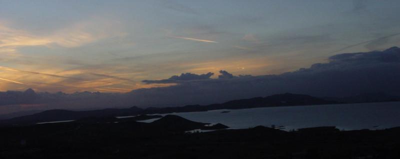 Good_night_lake_mathews
