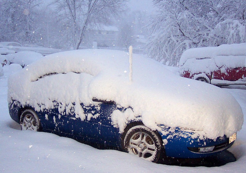 Snow_moms_021206_1